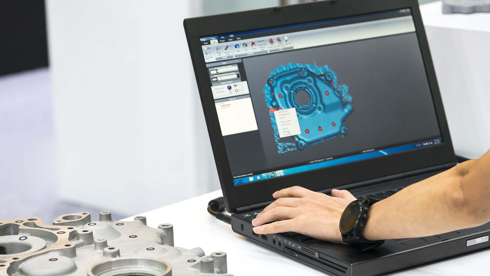 La imagen puede contener: Pc, Computadora, Electrónica, Laptop, Teclado de computadora, Hardware, Hardware de computadora, Teclado, Persona, Reloj de pulsera, Pantalla LCD, Pantalla, Monitor, Seguridad, Máquina, Tableta, Escritorio, Ratón, Videojuegos, Computadora de superficie, Rueda, Proyector, Habló, CPU, Chip electrónico, Cámara web, Cámara, Estéreo, Servidor, Hub, Disco duro, Disco, Adaptador, Red, Reproductor de cinta, Palanca de mando, Osciloscopio, Freno, Tarjeta de crédito, DVD, Calculadora, Cableado, Super Mario, Portátil Computadora, Engranaje, Motor, Blindado, Guitarra Eléctrica, Volante, Encendedor.